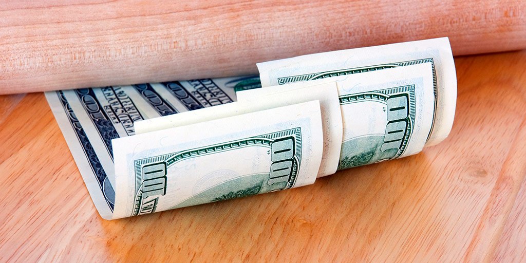 FEATURED You Can Save Hundreds of Dollars Each Month With This Small Change 1 - You Can Save Hundreds of Dollars Each Month With This Small Change